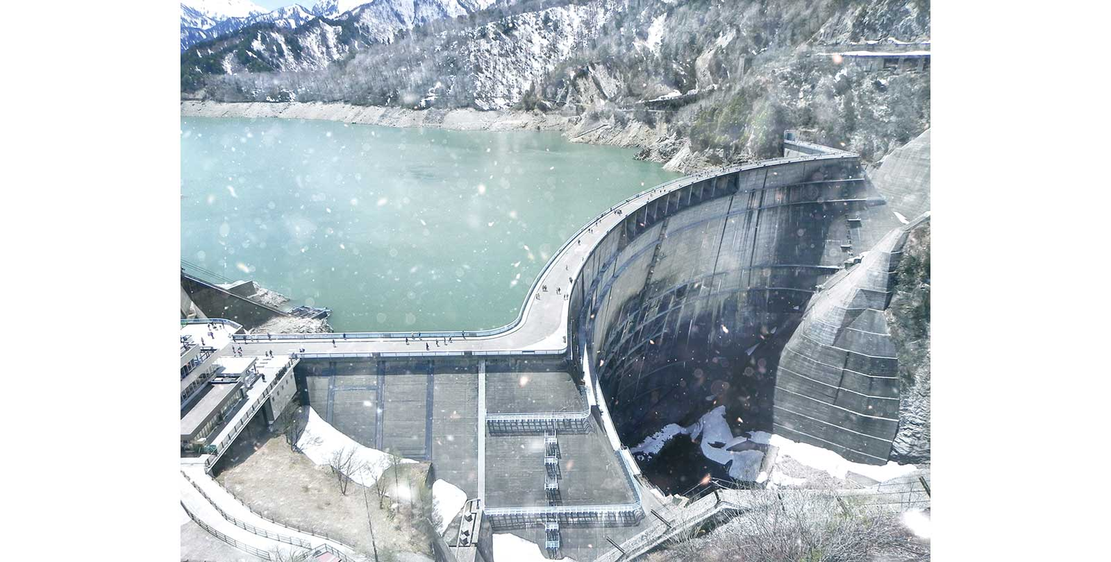 冬の黒部ダム