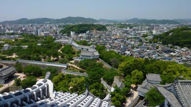 姫路城から市街地を展望