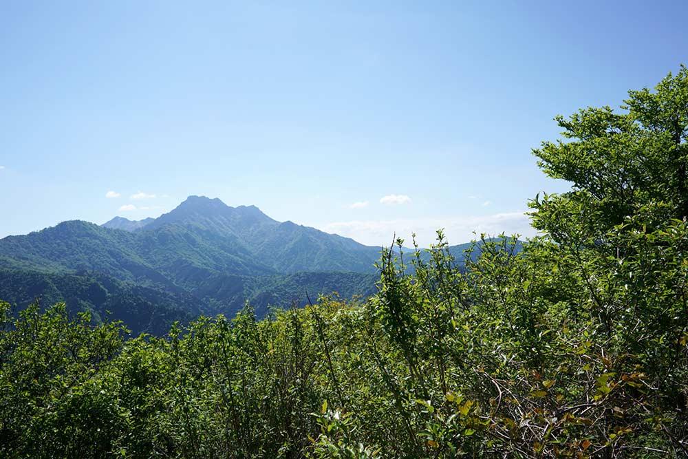 西日本最高峰の石鎚山