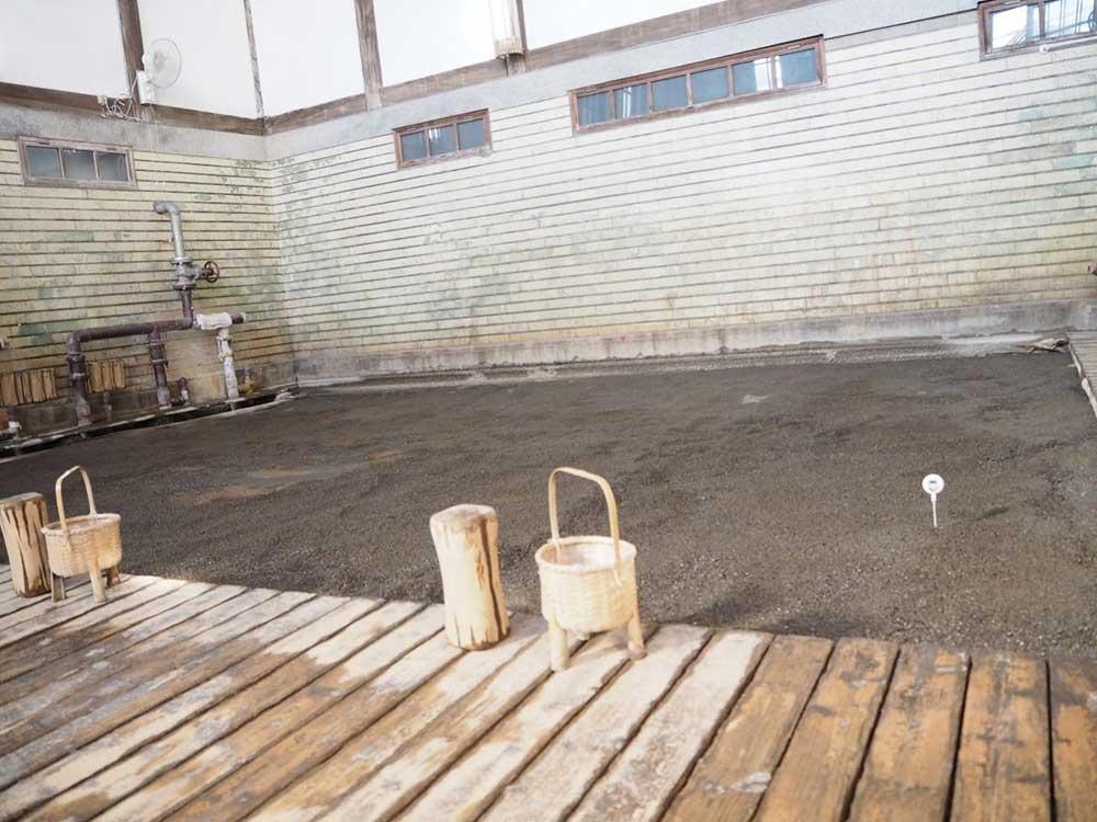 竹瓦温泉 砂湯