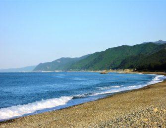 絶景のヒスイ海岸