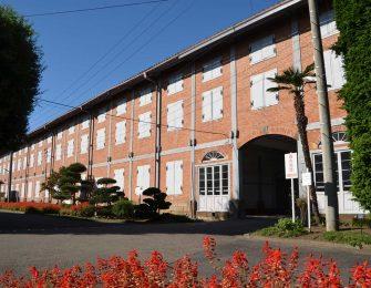 日本で最初の近代官営工場です