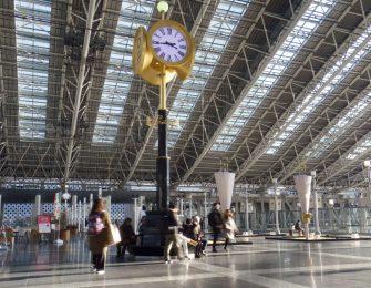 巨大なターミナルには特徴的なスポットも多数