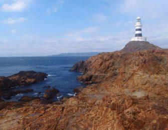 灯台だけの無人島