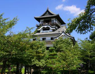 「白帝城」の別名を持つ犬山城