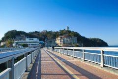 江の島大橋から見る江の島