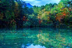 福島県 毘沙門沼(五色沼湖沼群)の秋