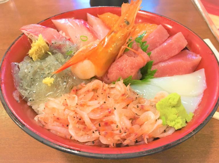 三島 津田沼港海鮮丼
