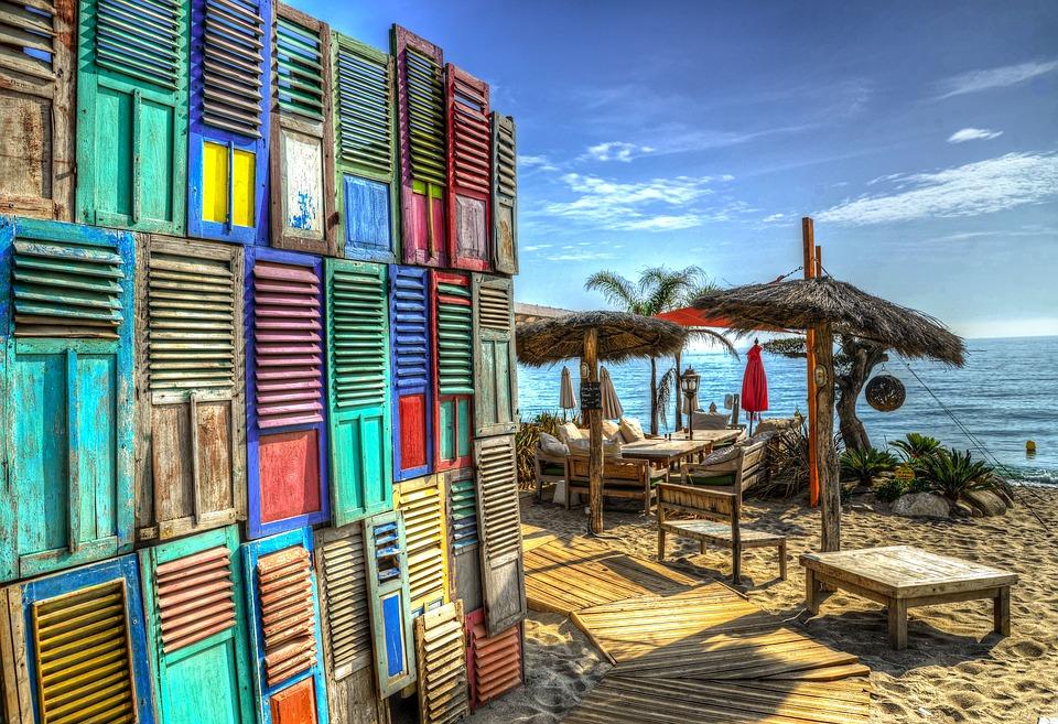 シーリゾートの海の家